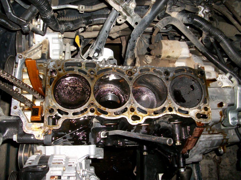 «Замена маслосъемных колец - пошаговая инструкция» фото - Zamena maslosemnyh kolec 1024x768