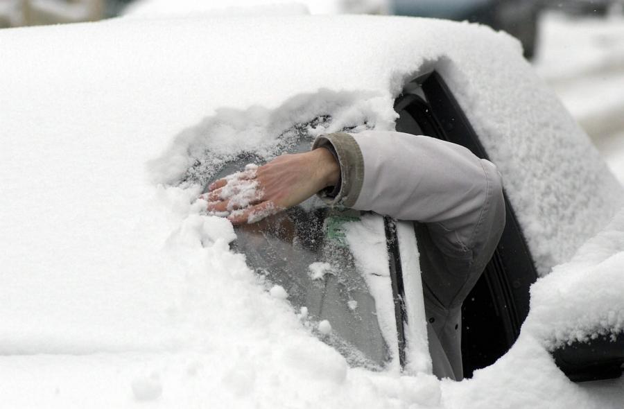 «Нужно ли прогревать двигатель автомобиля - советы специалистов» фото - sneg avto