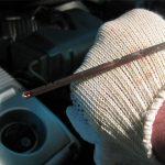 Как проверить уровень масла в двигателе: основные ошибки водителей