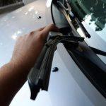 Как поменять дворники на машине: пошаговый процесс замены