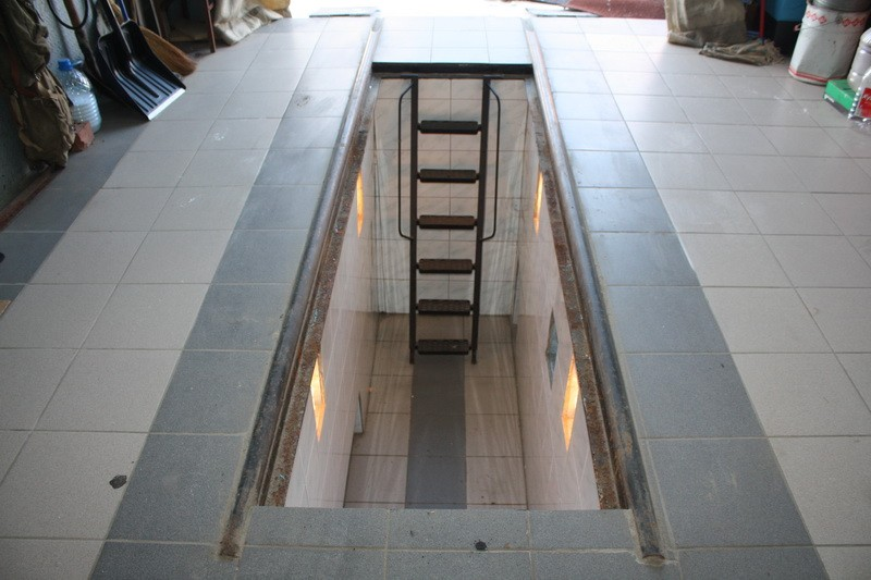 Как залить яму в гараже бетоном своими руками видео