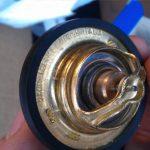 Пошаговая инструкция замены термостата на Renault Logan
