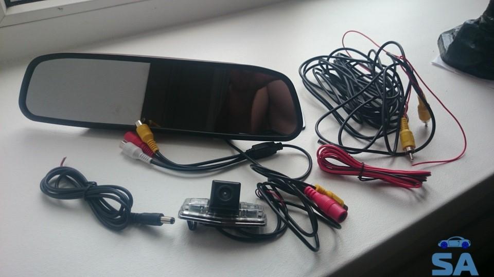 kamera-zadnego-vida-na-avtomobil