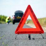 Как правильно поставить знак аварийной остановки: расстояние, штрафы