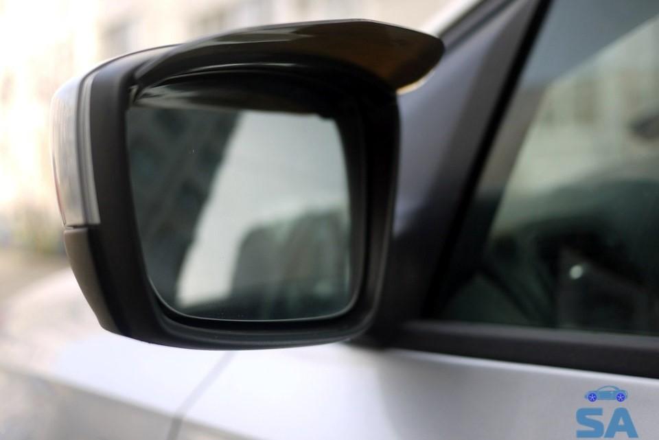 боковое зеркало заднего вида